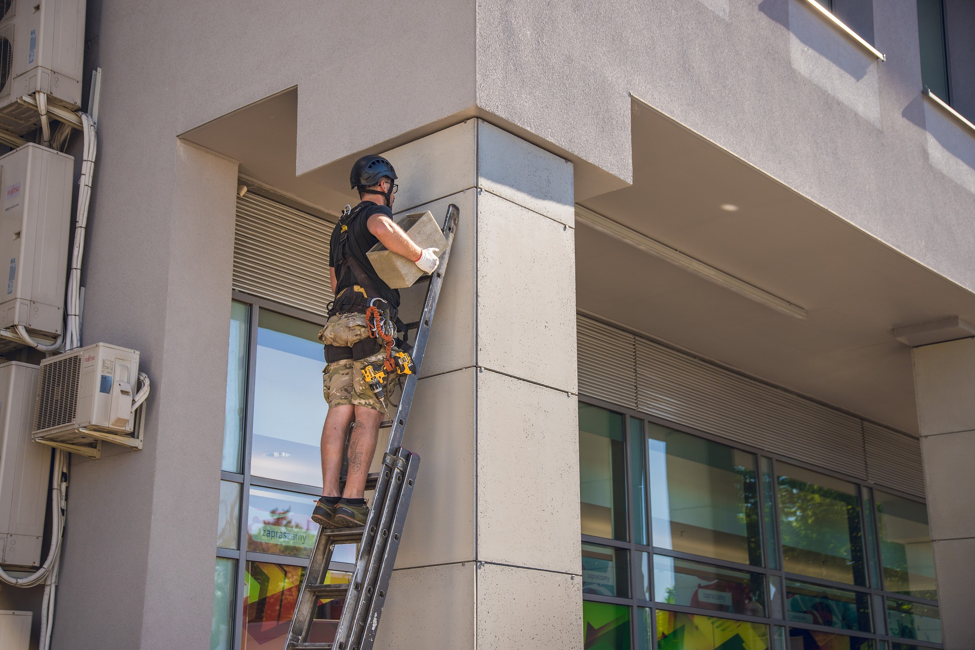 How Many People Fall When Working At Height Each Year?